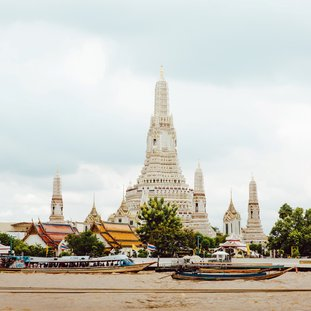 bangkoktempleriverthailand.jpg