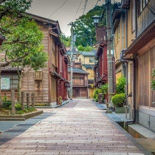 Kanazawa_shutterstock_1207880575Large.jpg