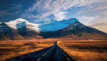 Road_Iceland_shutterstock_611794541Large.jpg